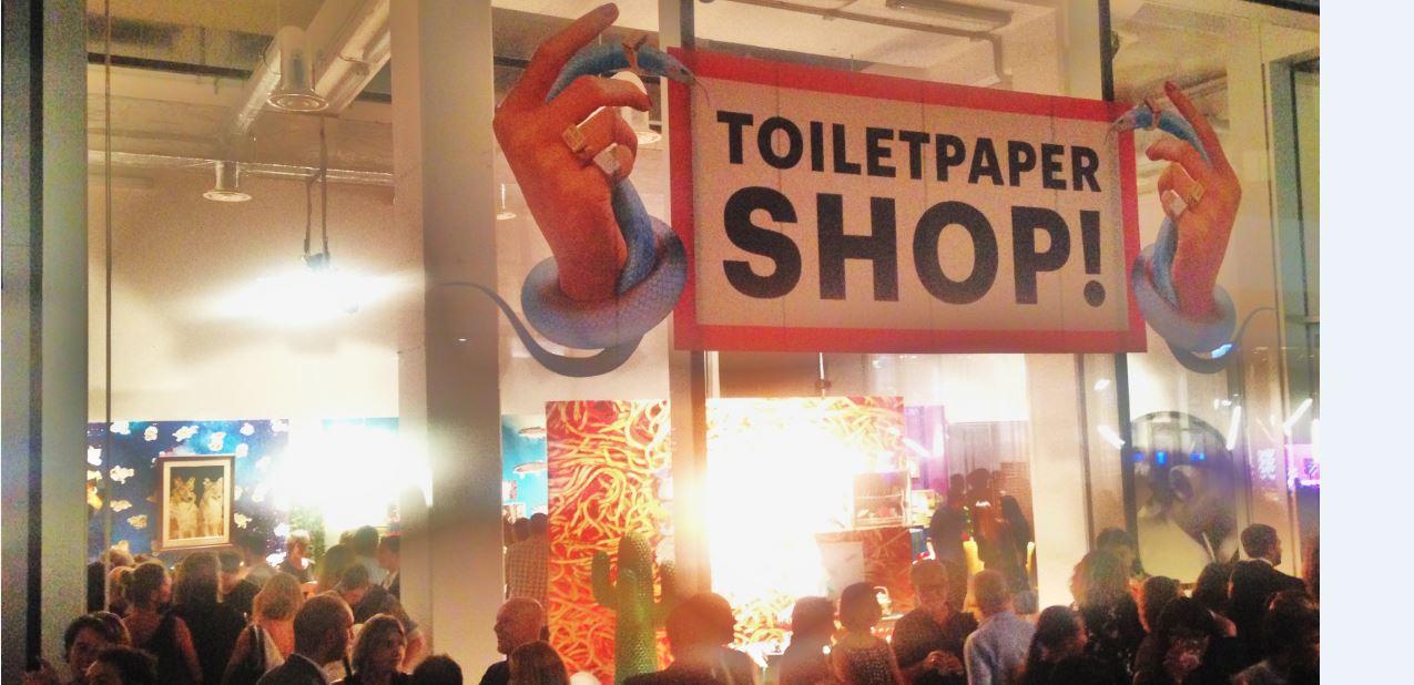 toiletpaper foto di The Way Magazine
