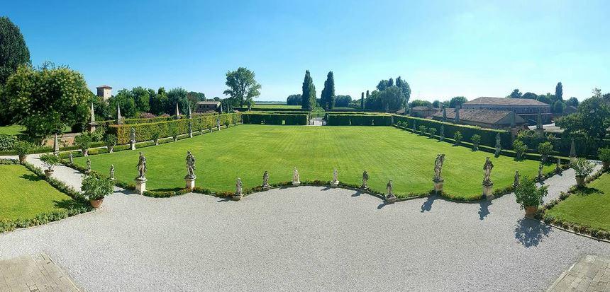 Il lusso discreto della villa Settecentesca Dominio di Bagnoli in Veneto.