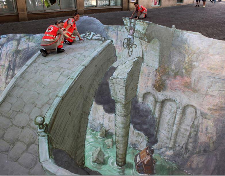 Eduardo Relero, opera realizzata per la Croce Rossa nella Journe-e mondiale des premiers secours a Nancy (Francia)