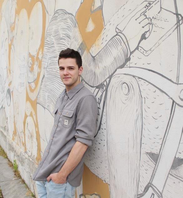 Gabriele Muselli, dopo Fade, sta preparando un EP di pezzi inediti. In radio e dal vivo ha presentato medley delle canzoni che più ama.