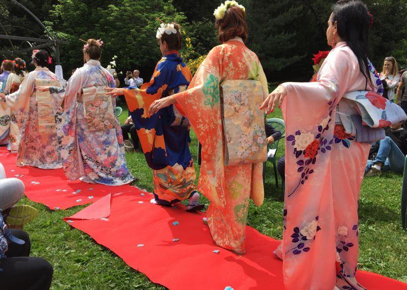 sfilata kimono genova