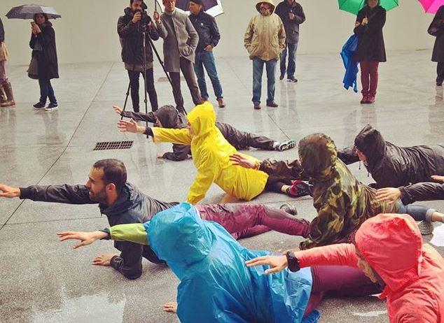 Tutte persone comuni al Cammino Popolare di Virgilio Sieni alla Fondazione Feltrinelli a Milano.