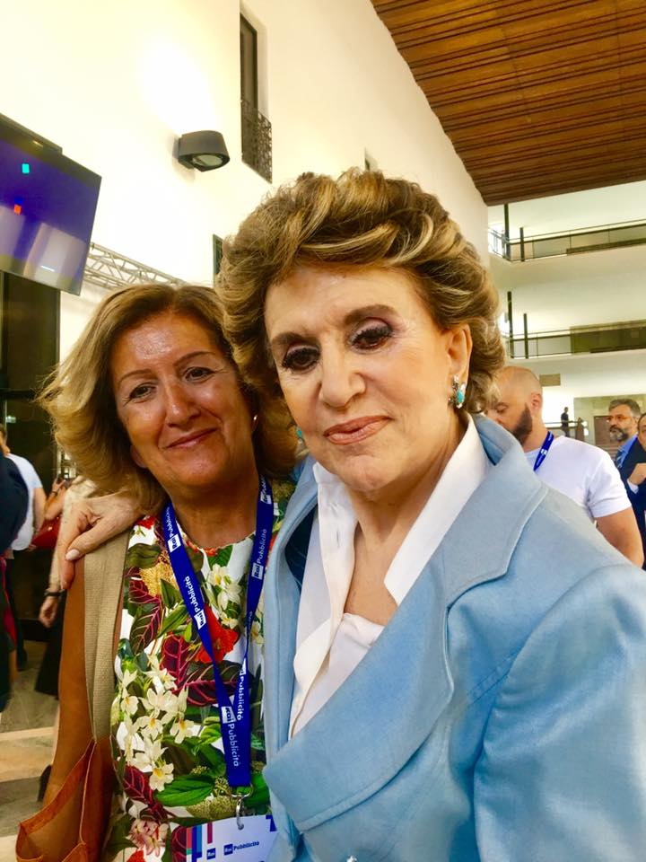 La scrittora con Franca Leosini.