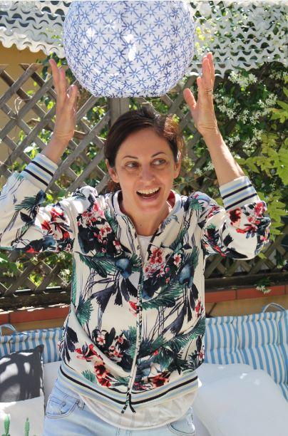 Petra Loreggian, milanese, è una delle voci più amate del panorama radiofonico italiano. Lavora a RDS e ha condotto vari programmi tv.