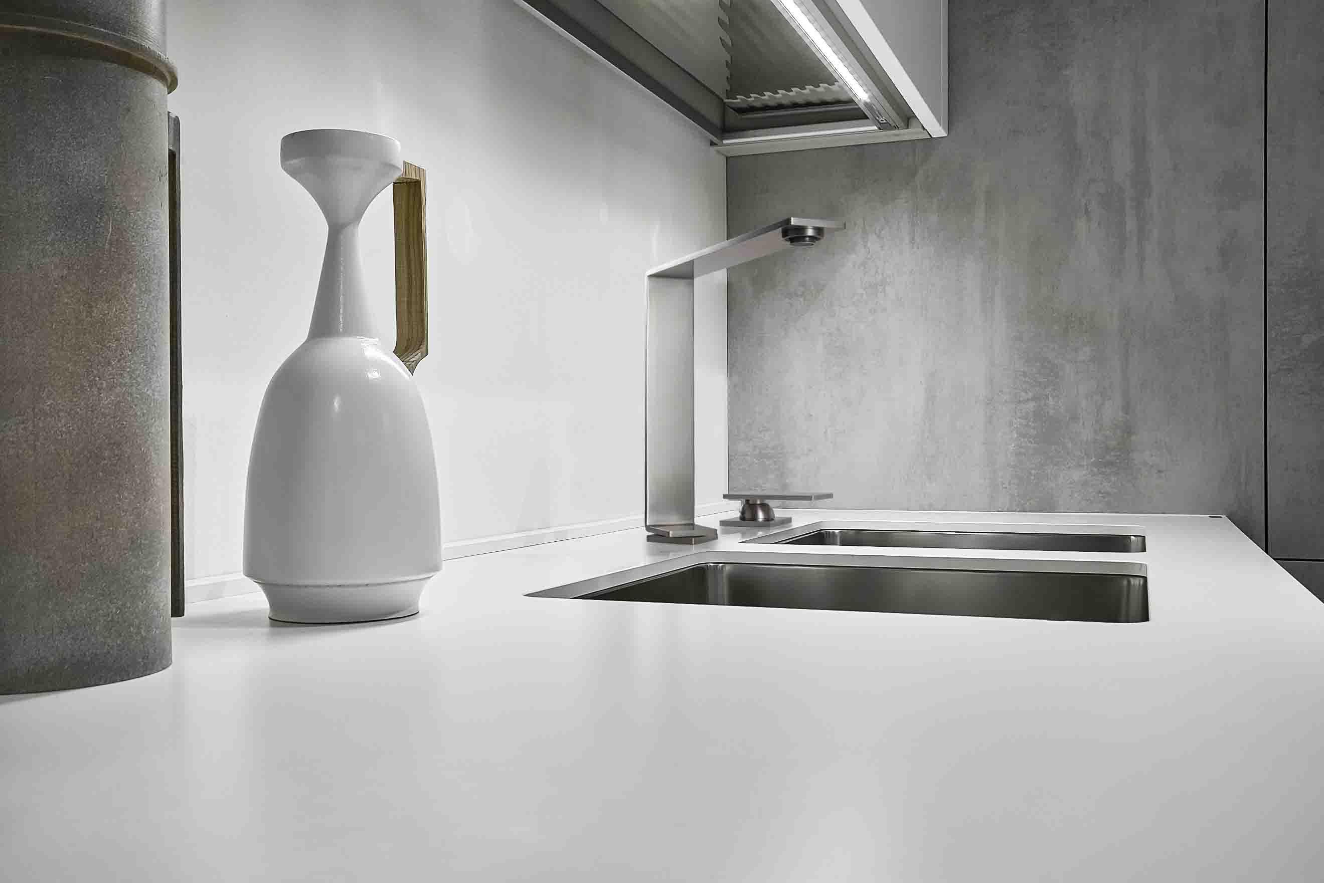 Acciaio moderno per la cucina con rubinetteria 5MM.