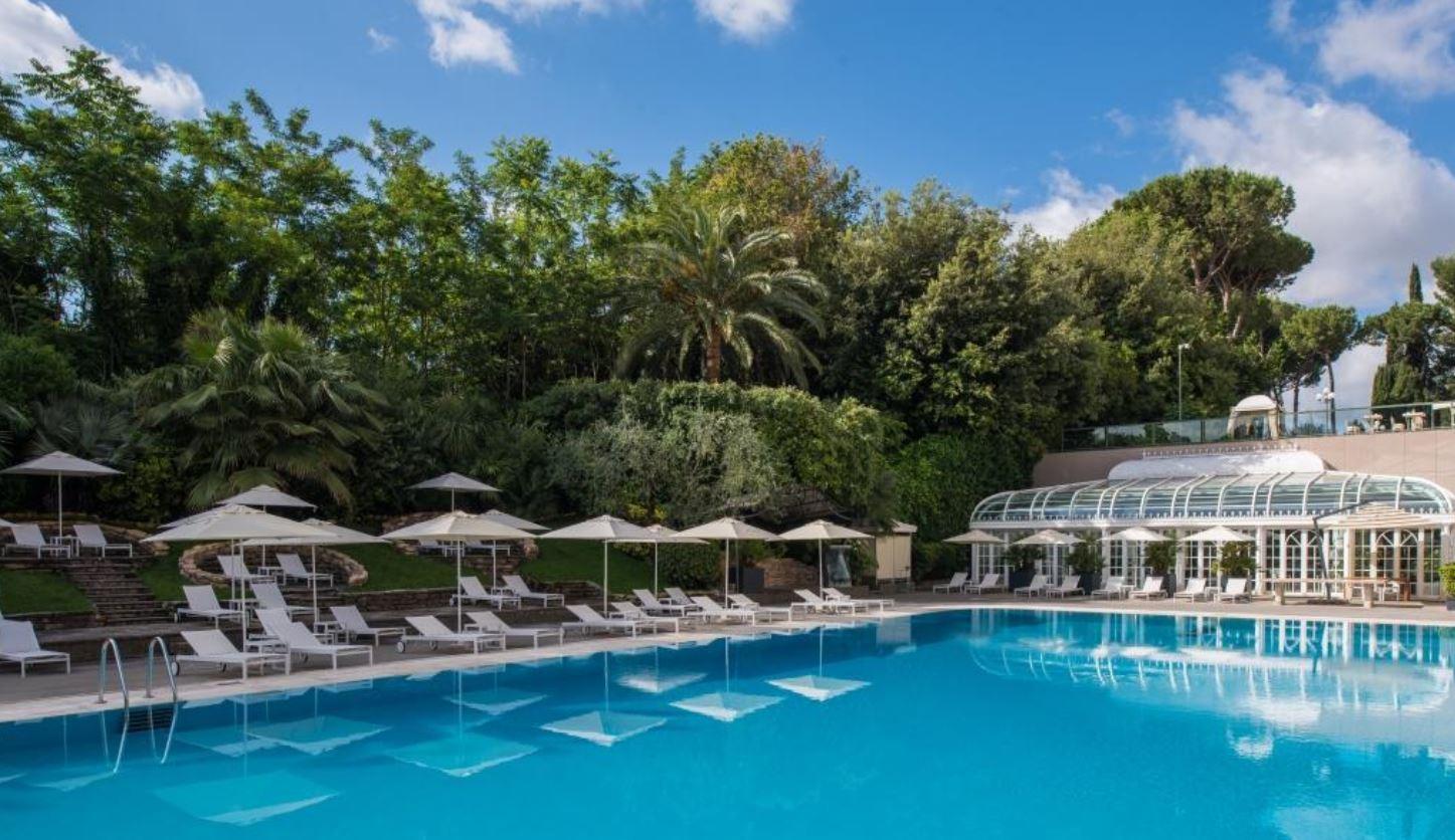piscina all'aperto rome cavalieri