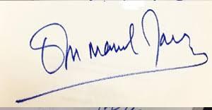 La firma di Emmanuel Macron, 40 anni, presidente francese.