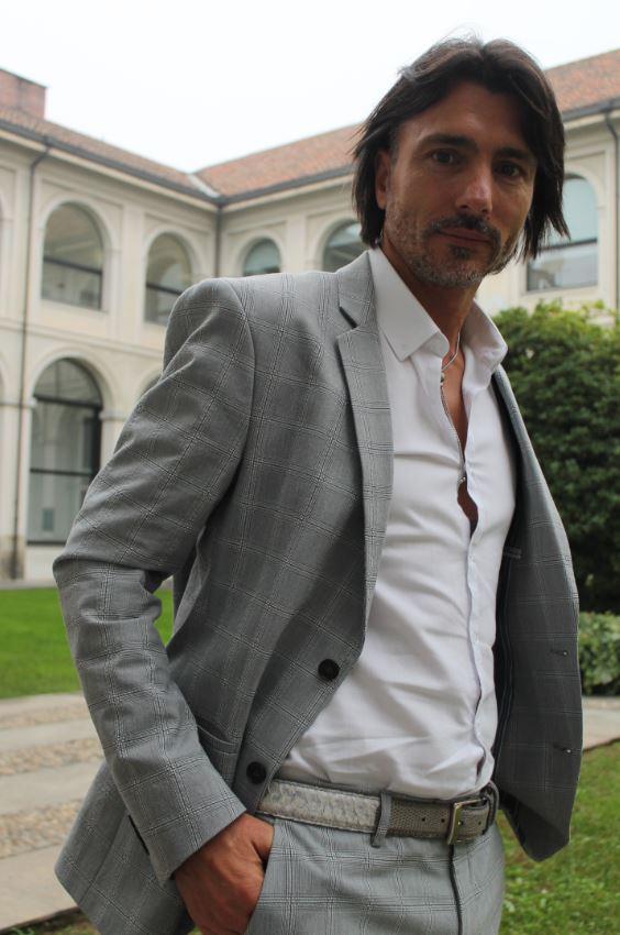 Fabio Marino in posa per l'obiettivo di The Way Magazine, Milano - Palazzo delle Stelline, ottobre 2017.