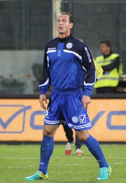 In campo, Ionut Rada è attualmente un difensore.