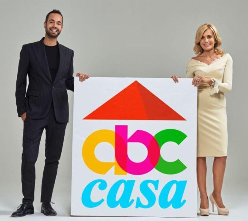 Damiano Gallo è affiancato dalla brava Alessandra Appiano nell'avventura televisiva di ABC Casa.