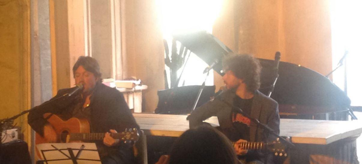 Cristiano De Andrè al live per la stampa realizzato a Milano in occasione del lancio del nuovo disco (foto: The Way Magazine).