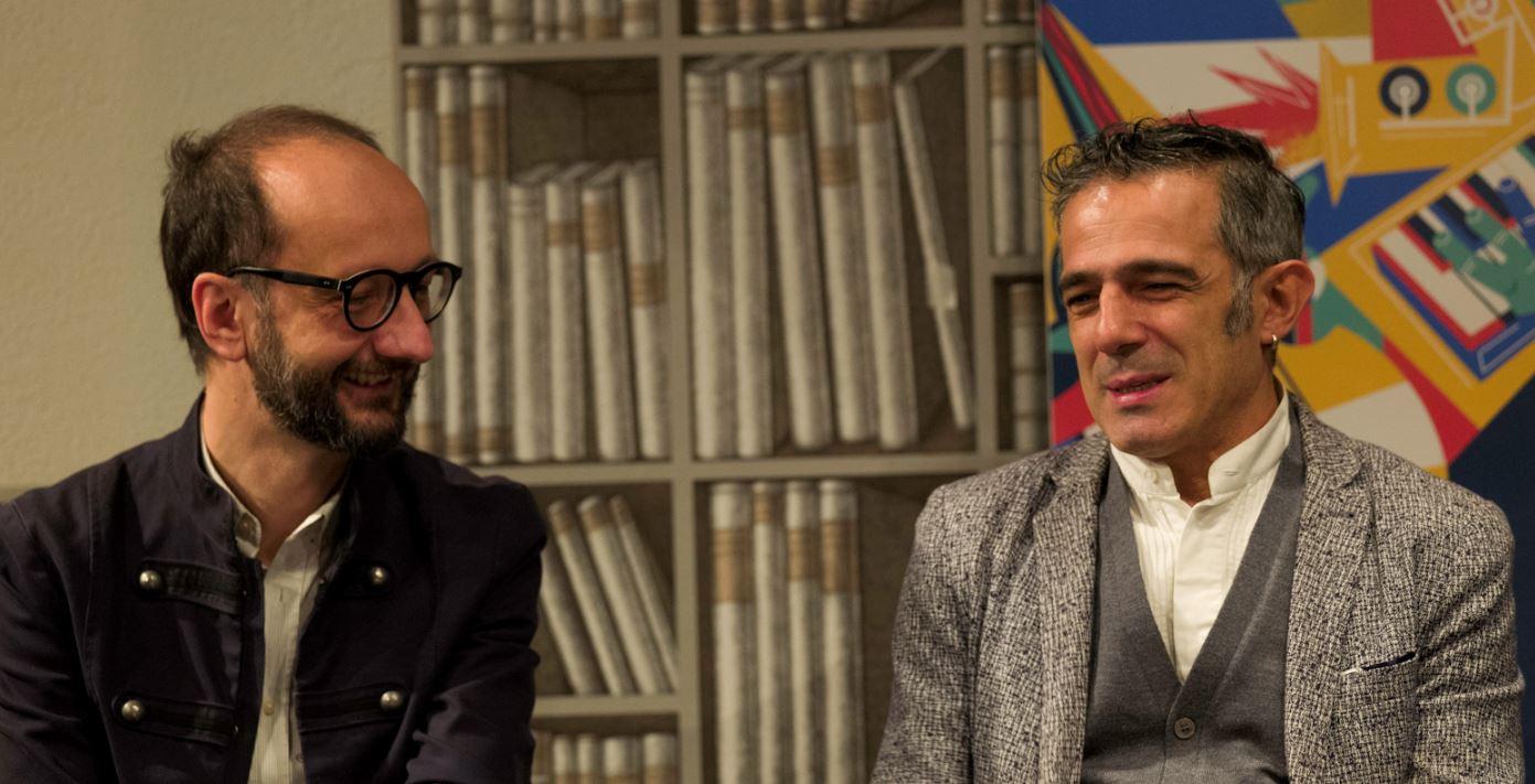Paolo Fresu all'incontro al MUBA di Milano con il giornalista Andrea Laffranchi. (Foto per The Way Magazine: Gianni Foraboschi).