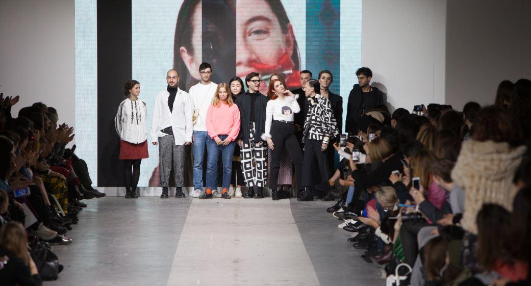 Alcuni giovani NABA al BASE Milano per Fashion Graduate Italia 2017.