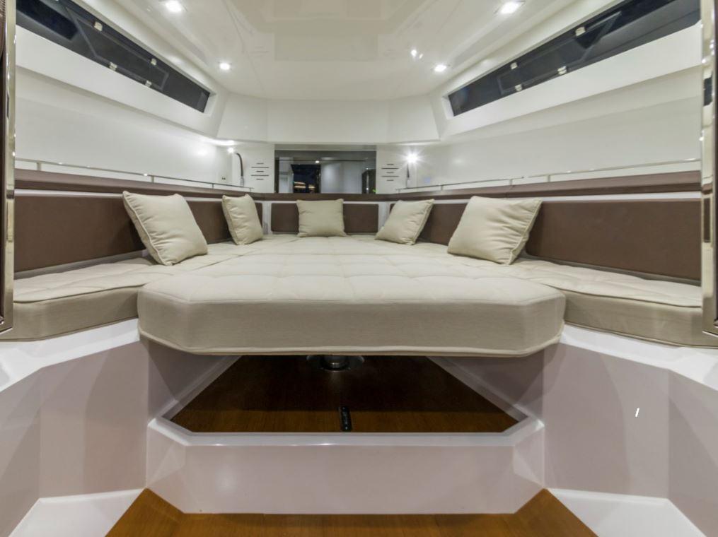 evo yacht