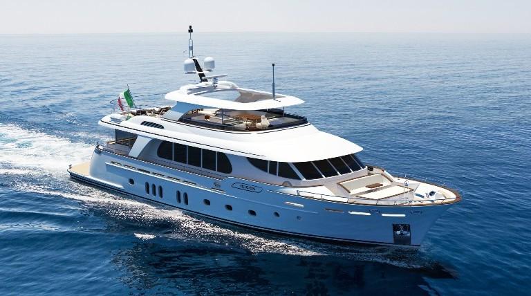 Un nuovo yacht da 31 metri classificato come Fuoriserie per CCN.