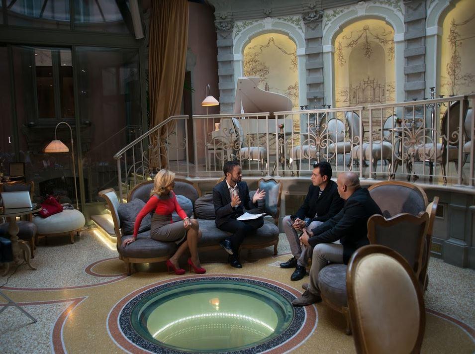 Dal lussuoso hotel Chateau Monfort a Milano, va in onda su 7 Gold ABC Casa. COnducono Damiano Gallo e Alessandra Appiano. Ospiti Christian D'Antonio e Deodato Salafia.
