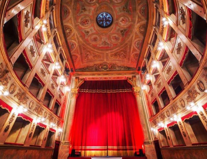 Il teatro per San Valentino: foto di di Umberto De Martino e Alessandro Di Priolo