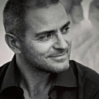 Michelangelo Iossa, giornalista, docente e autore di numerosi saggi sui Beatles.