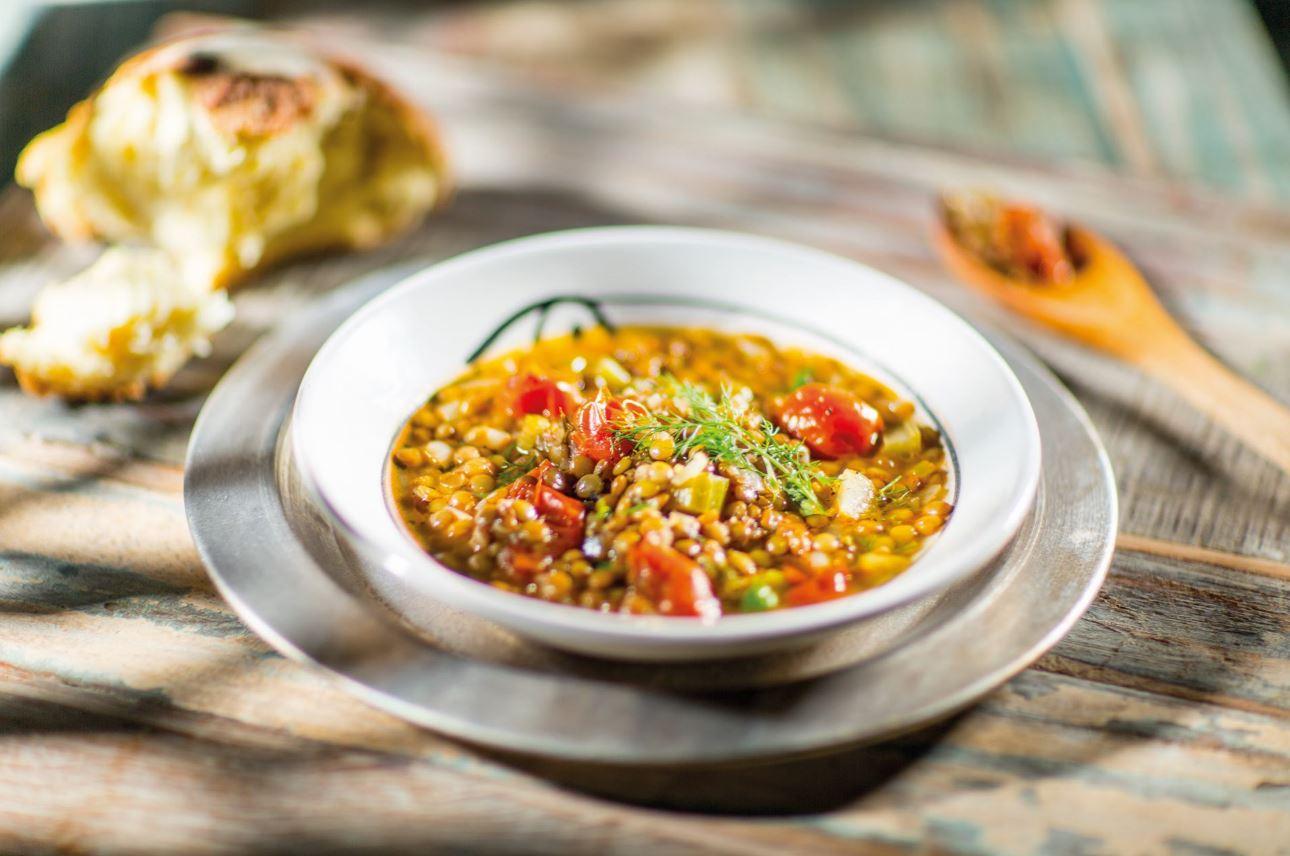 Zuppa di lenticchie, foto di Maurizio Vezzoli.