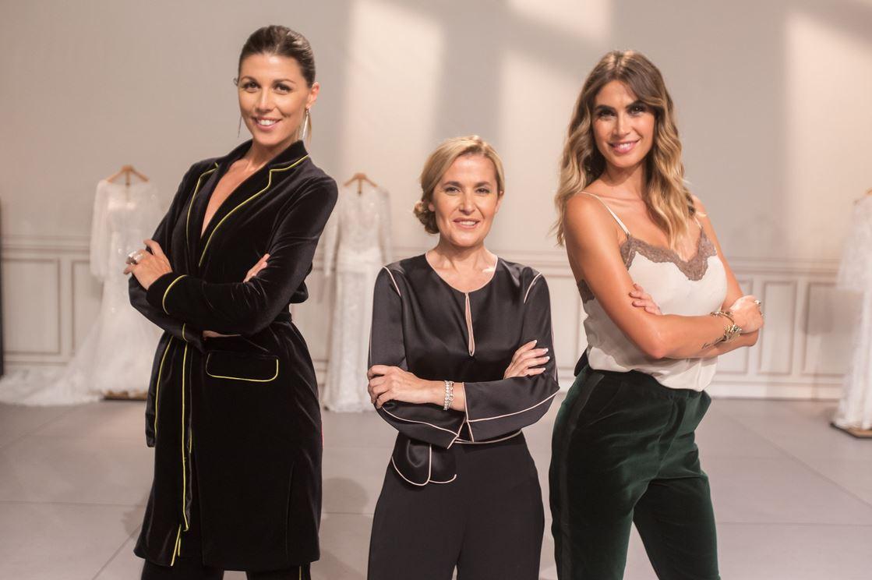 8d407eea6d97 Melissa Satta è alla guida del programma con la wedding planner Alessandra  Grillo (a sinistra) e del direttore creativo Raffaella Fusetti.
