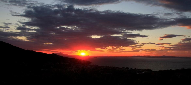 Le Terrazze Di Sorrento La Vista Sul Golfo Di Napoli The
